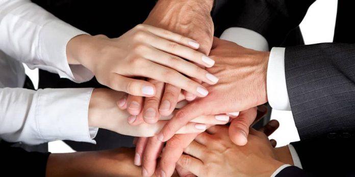 مزایای همکاری شرکت ها برای رشد کسب و کار