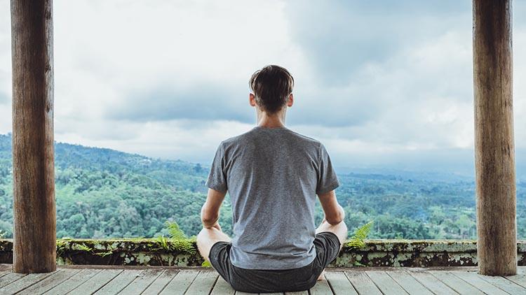 2 آموزش راهی برای خاموش کردن ذهن خود و رفع استرس