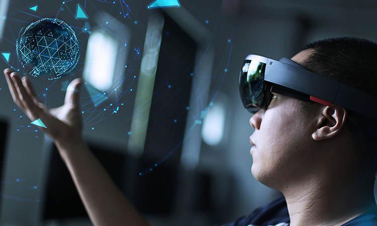 3 آشنایی با 6 کاربرد واقعیت مجازی در کسب و کار ها