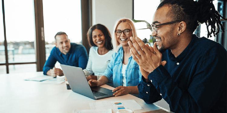 3 4 دلیلی که همدلی در محیط کار باعث ایجاد حس تجاری می شود