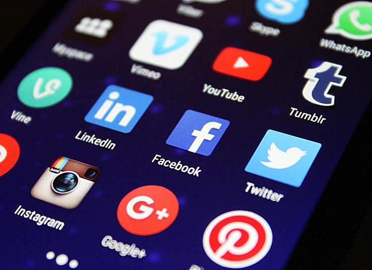 6 آشنایی با فواید بازاریابی ویدیویی چرا بازاریابی ویدیویی برای کسب و کار شما مهم است؟