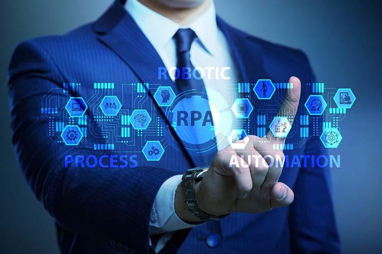 4 RPA چیست ؟ آشنایی با اتوماسیون فرآیند رباتیک و ویژگی های آن
